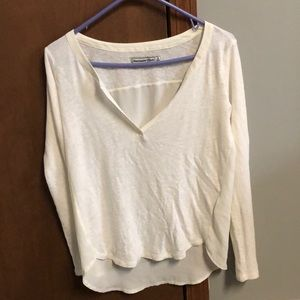 Abercrombie & Fitch white long sleeve top